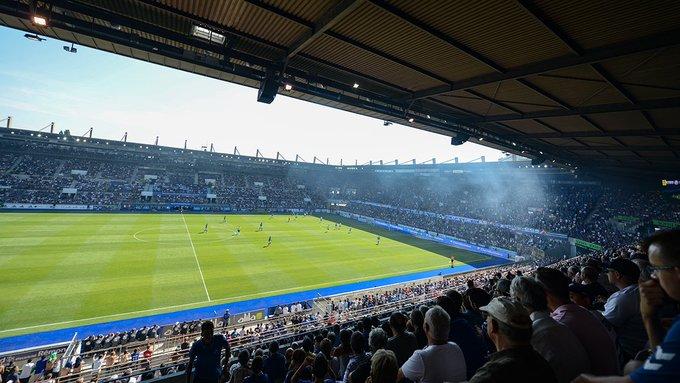 Stade_de_football_de_Strasbourg