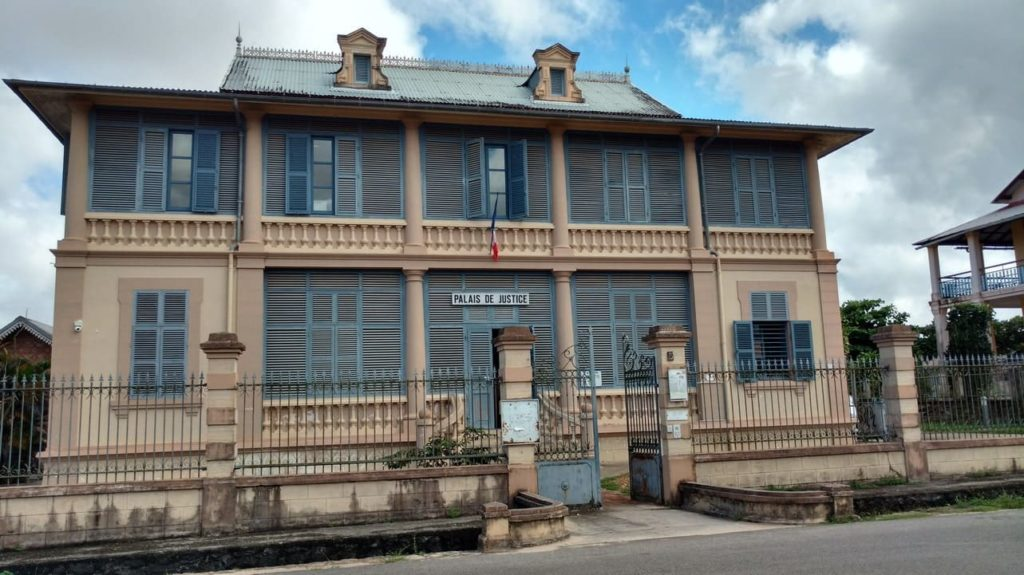Palais de justice de Saint-Laurent du Maroni